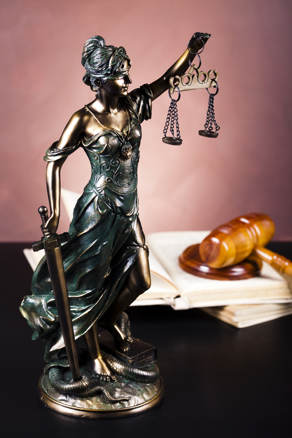 Picture of justice statue and gavel